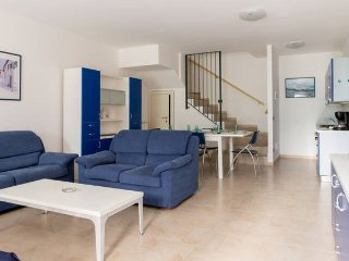 Le vele - 2 bedroom apartament 20m from the lakeT6 - Toscolano-Maderno vacation rentals