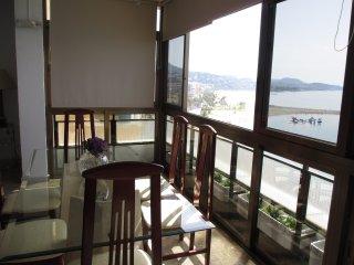 Rentcostadelsol Malagueta-Miramar, 8 p - Malaga vacation rentals