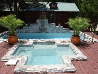 """Tanglewood"" Cypress Log Chalet On Nature Coast - Crystal River vacation rentals"