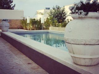Nice Townhouse with A/C and Shared Outdoor Pool - Santa Maria al Bagno vacation rentals