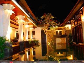Villa Cantik Tresna, 3 BR Seminyak Villa Bali+Car - Seminyak vacation rentals