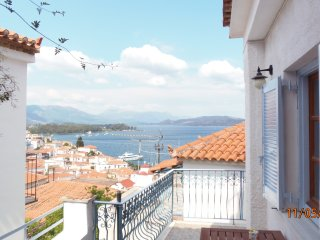 Lovely 2 bedroom House in Poros with Internet Access - Poros vacation rentals