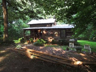Authentic Log Cabin/Yadkin ValleyTop of Foothills - Dobson vacation rentals