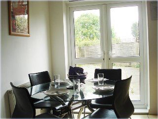 My-Places Abbotsfield Court Townhouse 14 - Manchester vacation rentals