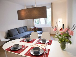 Wieden plus: spacious, modern flat in the center - Vienna vacation rentals