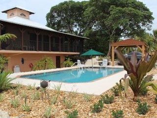 Mockingbird Pointe - Waterfront Tropical Escape - Marathon vacation rentals