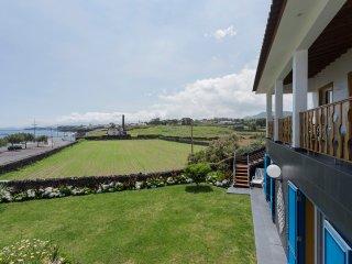Sea View & natural swimming pools - Capelas vacation rentals