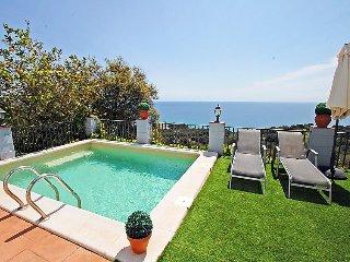 4 bedroom Villa in Blanes, Costa Brava, Spain : ref 2236476 - Blanes vacation rentals