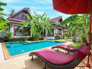 Perfect 3 bedroom Thong Krut Villa with Satellite Or Cable TV - Thong Krut vacation rentals