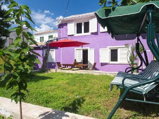 Sunny 3 bedroom House in Jadranovo - Jadranovo vacation rentals