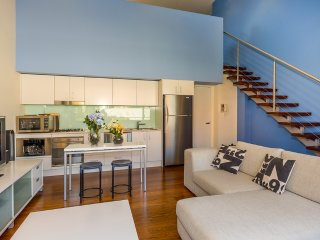 Inner city loft, walk to the best coffee in Sydney - Sydney vacation rentals