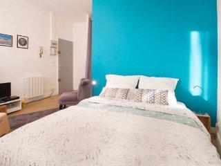 """Appartement """"Fleur de Lys"""" - à Bordeaux centre - Bordeaux vacation rentals"""