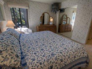 Lakeland Village - 3 BR Condo - LTA 8163 - South Lake Tahoe vacation rentals