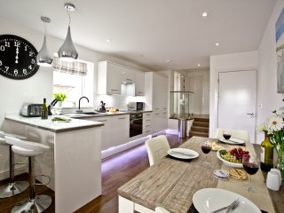 The Penthouse, Sunnymead located in Exmouth, Devon - Exmouth vacation rentals