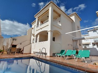 Bright 4 bedroom Nerja Villa with Shared Outdoor Pool - Nerja vacation rentals