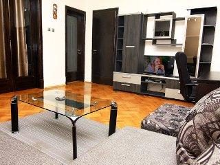 """Universitate""  Apartment - Bucharest vacation rentals"