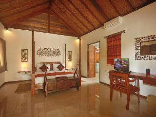Gorgeous 1 bedroom Villa in Gili Islands with Television - Gili Islands vacation rentals