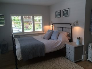 Studio Apartment in Shiplake Cross - Shiplake vacation rentals