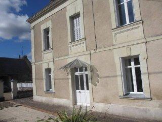 Maison de caractère  avec piscine ( ouverture piscine juin 17) - Le Coudray-Macouard vacation rentals
