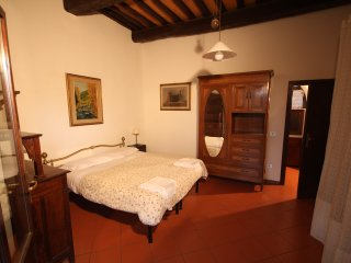 Apt 95 sqm in Villa near Florence w Swimming Pool - Florence vacation rentals