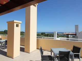 CABANAS 2 BEDROOM PENTHOUSE + SEAVIEW + WIFI - Cabanas de Tavira vacation rentals