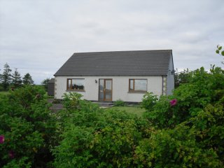 Perfect 2 bedroom Bungalow in Wick with Deck - Wick vacation rentals