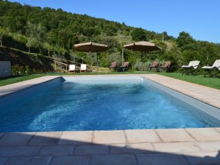 Nice Farmhouse Barn with Deck and Internet Access - Gaiole in Chianti vacation rentals