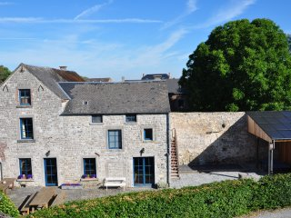 Nice Cottage with Internet Access and Central Heating - Namur vacation rentals