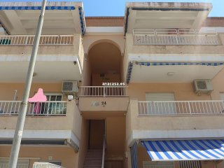 Nice 3 bedroom Oliva Condo with Television - Oliva vacation rentals