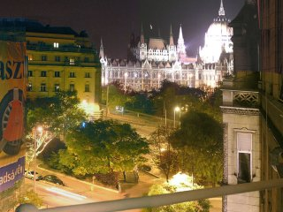 Huge bourgeois apartment, stunning Parliament view - Budapest vacation rentals