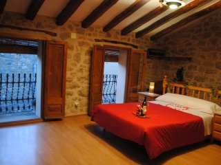 2 bedroom House with Internet Access in Caseres - Caseres vacation rentals
