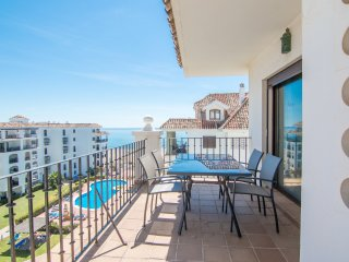 Beautiful 2 bedroom Vacation Rental in Puerto de la Duquesa - Puerto de la Duquesa vacation rentals