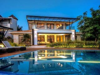 Perfect Villa with Internet Access and Balcony - Puerto Morelos vacation rentals