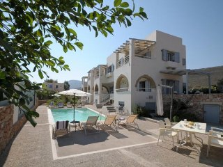ASTARTE SEA VILLAS : 2 Bedroom, 1 Livingroom Villa - Dhiakofti vacation rentals