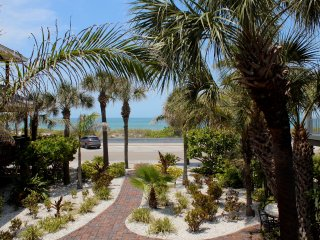 Pass-A-Grille Beach Views Estate Wifi Sleeps 14 - Saint Petersburg vacation rentals