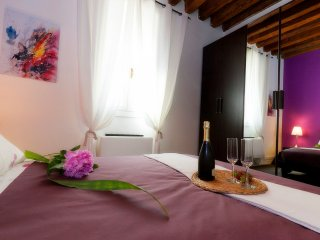Bright 1 bedroom Condo in Castelfranco Veneto with A/C - Castelfranco Veneto vacation rentals