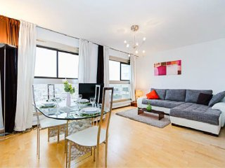 Luxury Flat 55m²-Outsd. view! 5 min Eiffel Tower - Paris vacation rentals