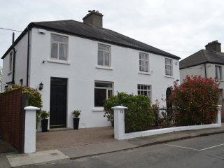 Charming 4 bedroom Dublin House with Internet Access - Dublin vacation rentals
