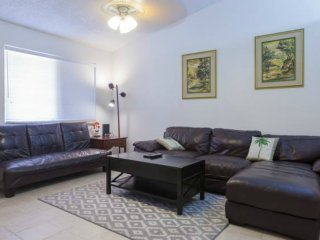 3BR Townhouse, Walk to Downtown Chandler - Chandler vacation rentals