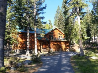 Whispering Pines Lodge, a classic Tahoe experience - Tahoma vacation rentals