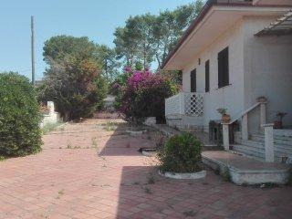 Elegante Villa a 100 M dal mare - Leporano vacation rentals