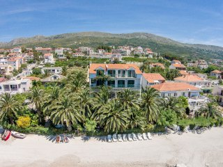 Amazing beach accommodation Palms for 10-12 people - Podstrana vacation rentals