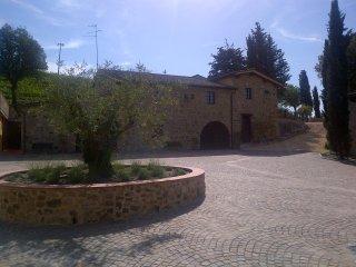 Agriturismo Bonacchi 'Rosso di Montalcino' - Montalcino vacation rentals