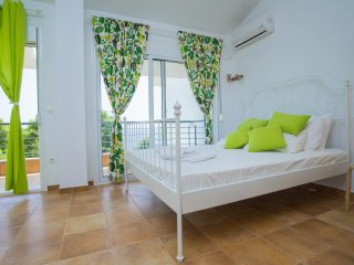 Maresi Maisonette with Sea View (3B) - Neos Marmaras vacation rentals