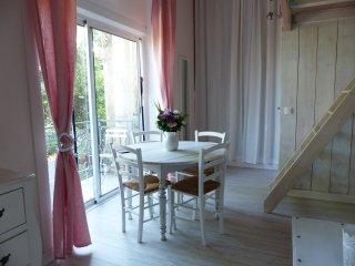 Studio+jardin lumineux proches de la mer - Nice vacation rentals
