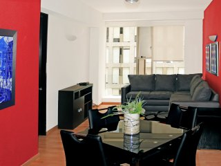 City Center Near Reforma Pool Gym Airport Pick-up - Mexico City vacation rentals