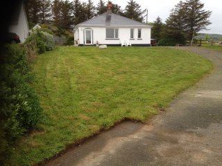 Beach cottage in Inishowen, Donegal - Greencastle vacation rentals