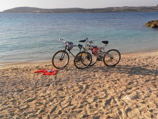 Great Location: FREE Gozo transfers, WIFI, Bicycles & BBQ  – NO car required! - Ghajnsielem vacation rentals