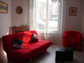 2 bedroom Apartment with Internet Access in La Tour-de-Salvagny - La Tour-de-Salvagny vacation rentals