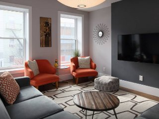 Modern Loft 3 Bedrooms - New York City vacation rentals